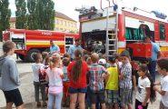 Keďže jún je mesiac, v ktorom aj hasiči slávia svoj deň, rozhodli sme sa navštíviť s deťmi z ŠKD ich […]